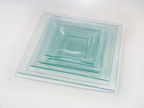 assiette en verre 25x25 cm gartavous